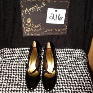 Anne Klein Black Pantent Heels